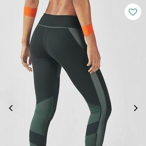 NWOT Fabletics Seamless leggings